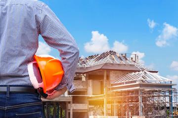 Constructeur ou maitre d'œuvre pour faire construire sa maison ?